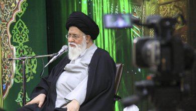 Photo of امام جمعه مشهد: بین فضای قرنطینه کرونا و اقتصاد باید تعادل برقرار شود